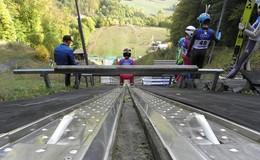 Goldene Herbsttage als perfekte Umrahmung des Skispringens in der Rhön