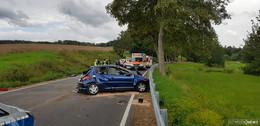 Unfall bei Weißenhasel - Auto hat sich überschlagen