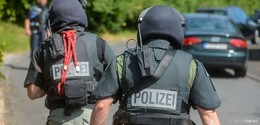 Terror-Unterstützung? - Bundesweite Razzien gegen islamistisches Netzwerk
