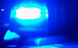 Glätte-Unfall: Auto überschlägt sich auf Fahrbahn