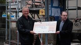 Bauarbeiten am Kirchturm starten - 200.000 Euro Spenden überreicht