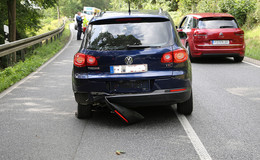 Crash auf der B83 in Richtung Heinebach: in einer Kurve überholt