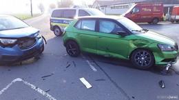 Crash auf der Kreuzung L 3254 bei Reilos: Eine Pkw-Fahrerin verletzt