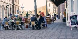 Straßencafés ab sofort geöffnet - Wetteraussichten für die kommenden Tage