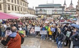 Greta macht Schule: Fridays For Future-Demo fürs Klima auf dem Uniplatz