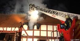 Schon wieder Brand-Unglück: Person bei Feuer in Fachwerkhaus verstorben