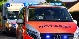 Motorradfahrer stürzt gegen Leitplanke: 30-Jähriger tödlich verletzt