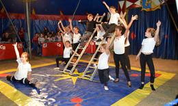 Zirkusprojekt der Stadtjugendpflege begeistert insgesamt 100 Kinder - Manege frei