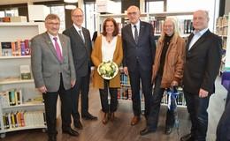 Ein Ort zum Schmökern und Verweilen - Stadtbibliothek offiziell eingeweiht