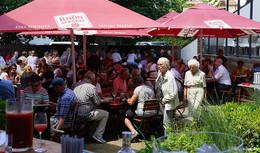 Mittagspause neu erleben: Der Rittergarten in der Kanalstraße lädt ein