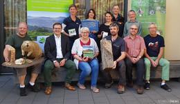 Zahlreiche Besucher diskutieren über Erhalt der Artenvielfalt