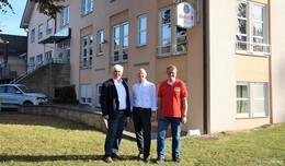 Gasthof Zur Linde bekommt neuen Eigentümer - Schwimmkurse im Hallenbad
