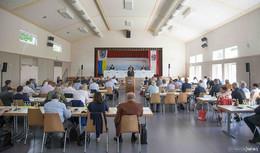 Kreistagssitzung: Wie der Kreistag versucht, die Johannes-Hack-Schule zu retten