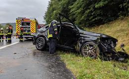Pkw-Unfall mit eingeklemmter Person auf der A7