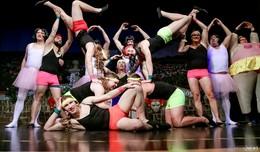 Bilderserie 2 von Carina Jirsch - Zuschauer von Kostümsitzung begeistert
