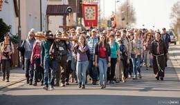 Fuldas zukünftiger Bischof auf Pilgertour: Zwischenstopp in Haimbach