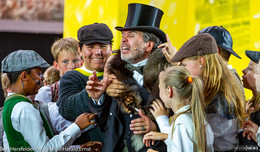 "Musical-Premiere: Rasante Gangsterjagd in der Stiftsruine - ""Parole Emil!"""