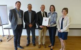 Alsfeld nimmt an Dorfentwicklung teil - Anerkennungsbescheid überreicht
