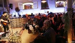 Spielfreudiger Songwriter Sean Taylor reißt Publikum von den Sitzen