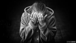 77-jährige Seniorin von 32-Jährigem mit Kartenlesegerät ins Gesicht geschlagen