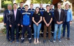 Überlandwerk Rhön begrüßt sieben neue Auszubildende
