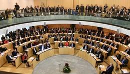 Premieren-Sitzung des XXL-Landtags: O N-Live-Ticker ist beendet