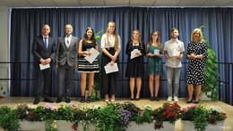 Biologietechnik, Ernährungslehre, Gesundheit: ESS-Absolventen verabschiedet