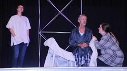 Emotional, tränenreich und unterhaltsam – Malteser präsentierten Theaterstück