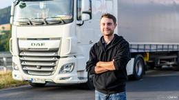 LKW-Fahrer Marvin Reichert (24) verhindert Schulbus-Katastrophe