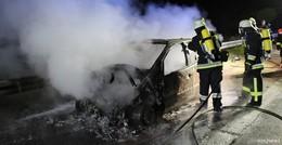 Ereignisreiche Nacht: Pkw-Brand auf der A7 und eine Vermisstensuche