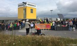 Wieder Streik bei Amazon - Frühschicht im Ausstand - Kritik an Nazi-Artikeln