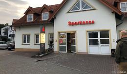 Geldausgabeautomat der Sparkasse in Bronnzell gesprengt - Täter flüchtig