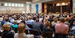 Feierliche Aufnahme mit Gottesdienst: 179 neue Fünftklässler