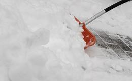 """""""Haftungsansprüche vermeiden"""": Vorsicht bei Schnee und Eisglätte"""