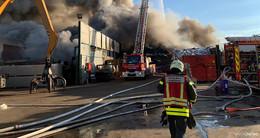 Großbrand im Hanauer Hafen gelöscht - 200.000 Euro Schaden