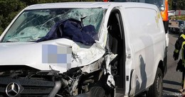 Schwerer Unfall auf A 4 bei Hönebach - Probleme mit der Rettungsgasse