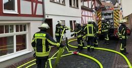 Einsatz in der Kanalstraße: Couch fängt Feuer