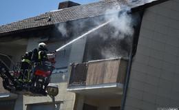 Flammen zerstören Wohnung - Katze springt aus viertem Stock