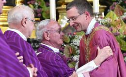 Bischof Gerber gratuliert zum Goldenen Priesterjubiläum von Algermissen