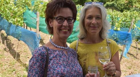 Weinhistorischer Konvent am Frauenberg - Das Sommerwetter ist sehr gut