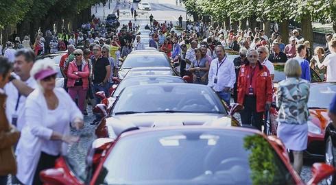 Die Ferrari sind unterwegs - BILDERSERIE 1 von der Pauluspromenade
