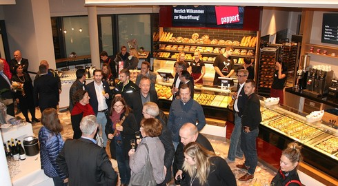 Im alten Café Bolender: Pappert eröffnet 110. Fachgeschäft am Tor zum Kurpark