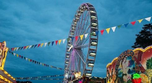Riesenrad kommt wieder - Attraktives SchützenVolkfest-Programm vorgestellt